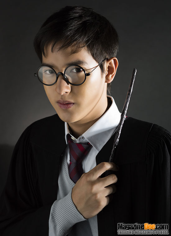 James Jirayu as Harry Potter